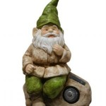 SOLAR NIGHT LIGHT GARDEN GNOME STATUE