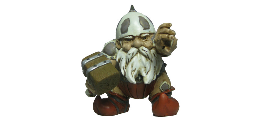 HAMMER GNOME Garden Battle Gnome with Hammer